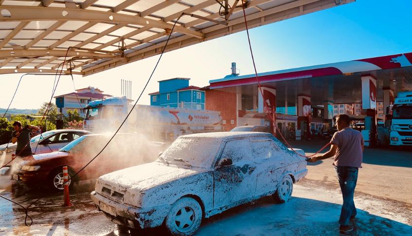 - Bartın ve Çaycuma şubelerimiz de yakıt alan müşterilerimize ücretsiz araç yıkama. - Özel iç dış yıkama - Her türlü aracın yağ filtre bakımı ve servisi